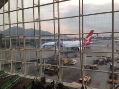 hong-kong-airport_qantas